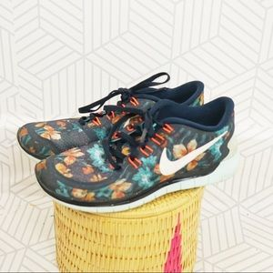 Nike Free Photosynthesis floral blue running shoes